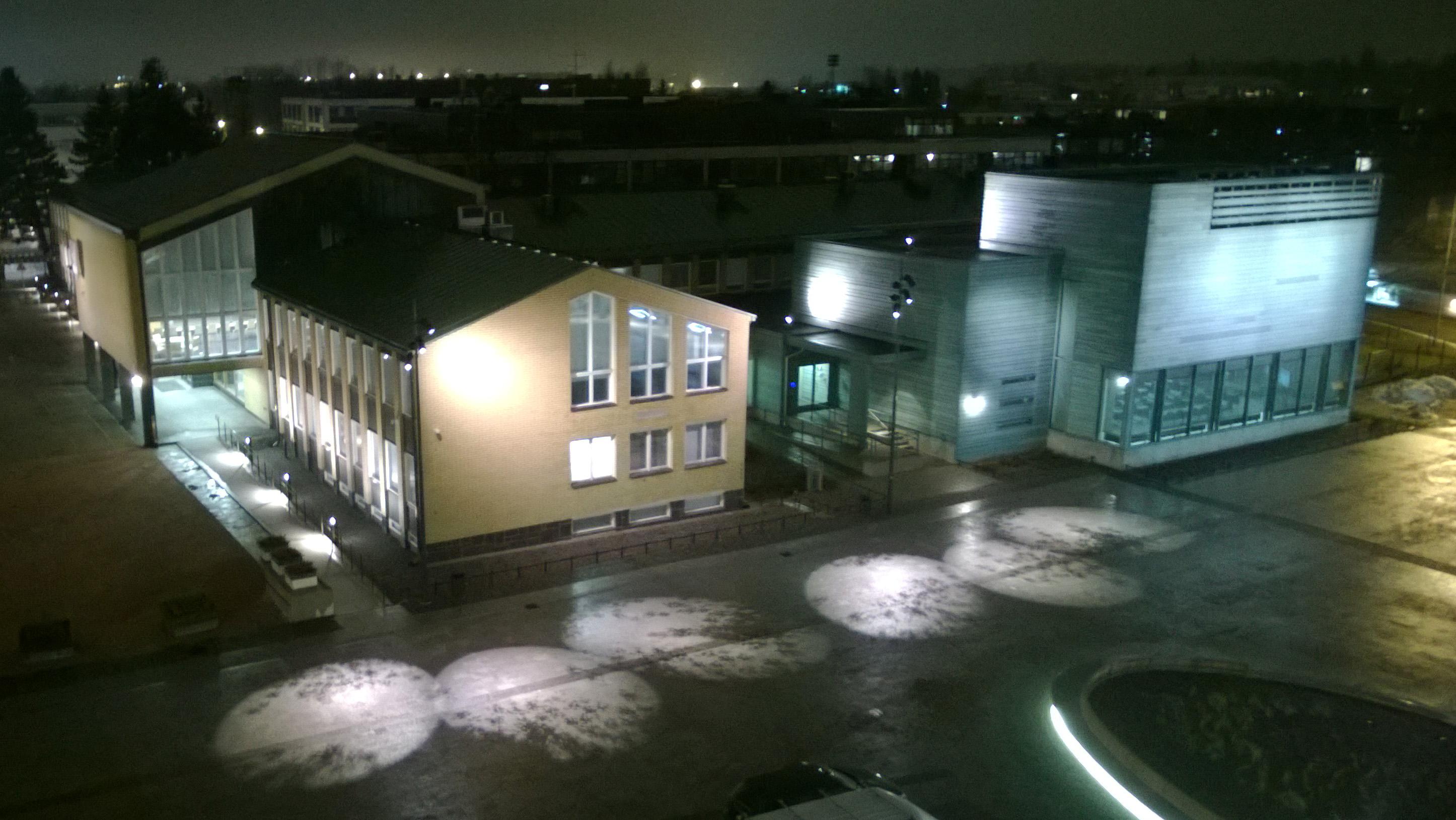 Tikkurilan tori - katolta - kännykkäkuva kopio.jpg